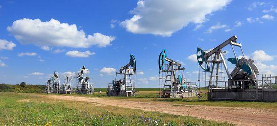 Нефть по-прежнему
