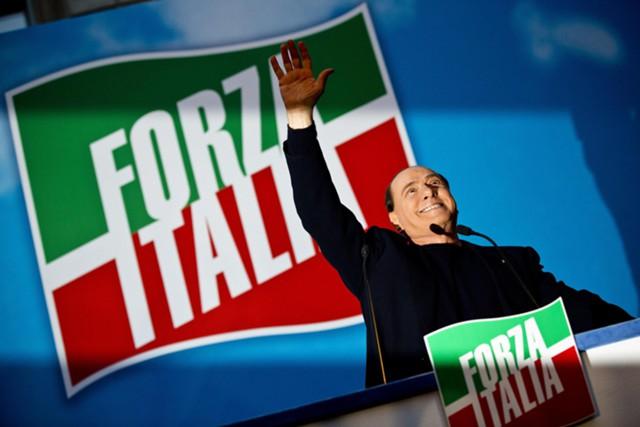 Берлускони рвется во