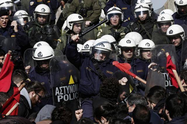 Греция приняла реформы
