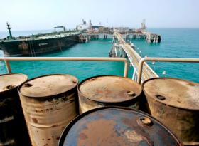 Обзор: нефть остается в