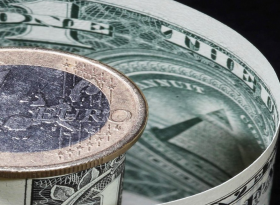 EURUSD: евро продолжает