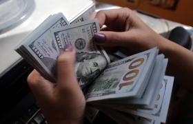 Goldman: доллар снизился