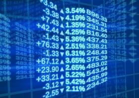 Прогноз: рубль следит за