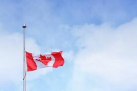 Канада требует от США