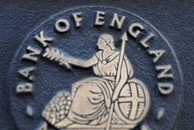 Банк Англии оставил