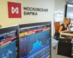 Почему не сдается рубль